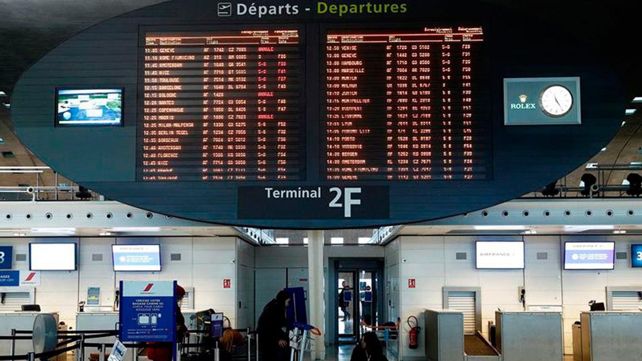 La segunda jornada de huelga en Francia obliga a cancelar 21 vuelos en España