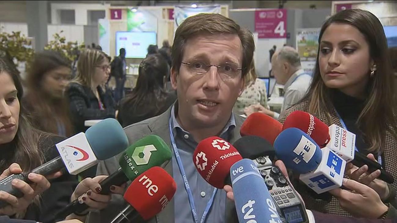 Martínez Almeida anuncia autobuses de la EMT 100% eléctricos en 2025 y nuevas zonas de cero emisiones