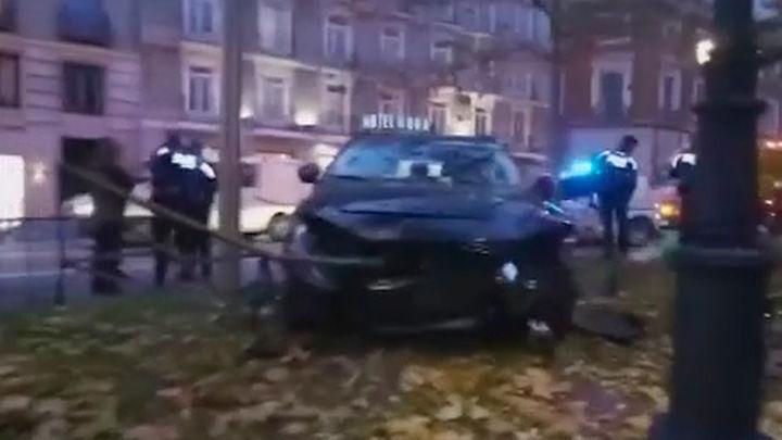 Detenido un conductor tras arrollar a un motorista que ha resultado herido en el Paseo del Prado