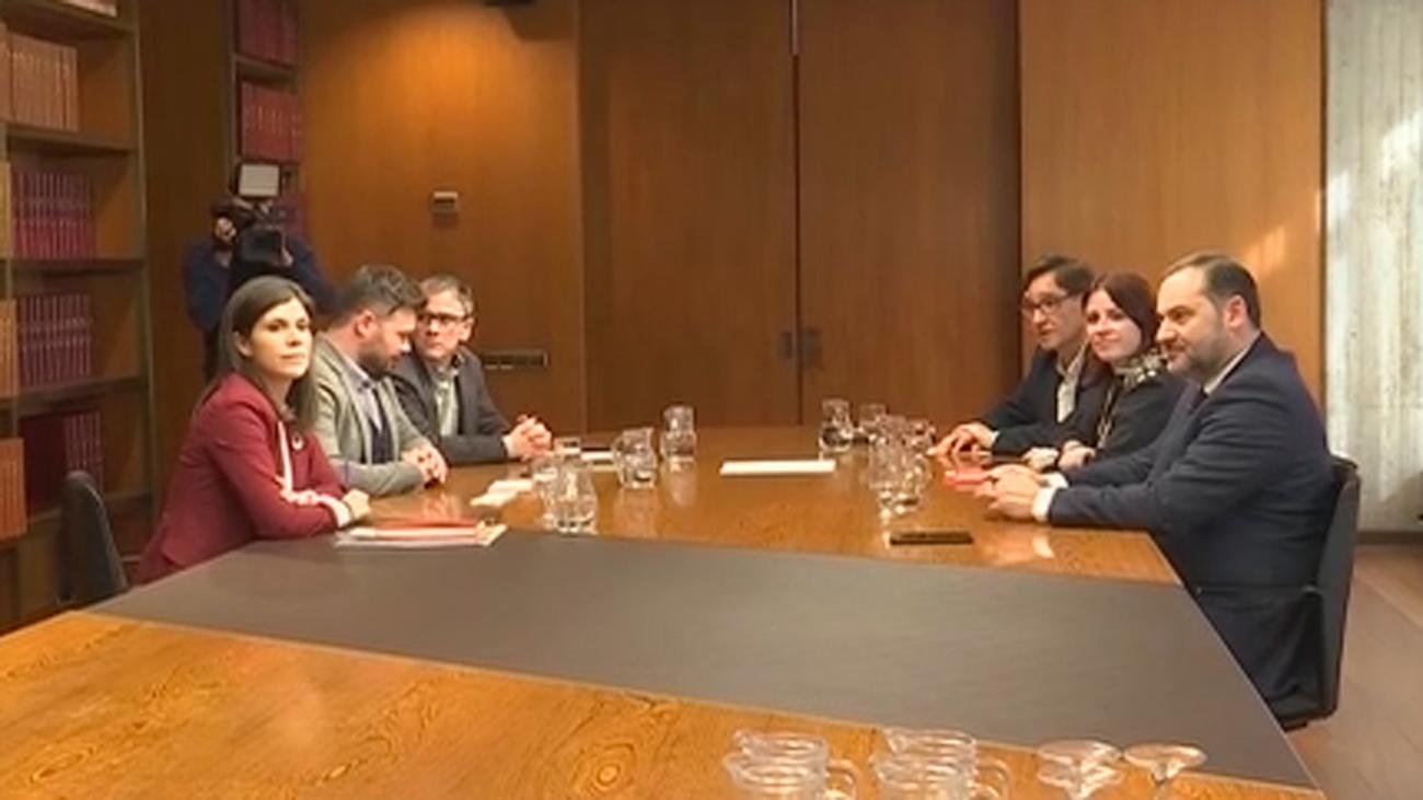 """PSOE y ERC dicen que hay avances para encauzar lo que denominan """"conflicto político"""""""