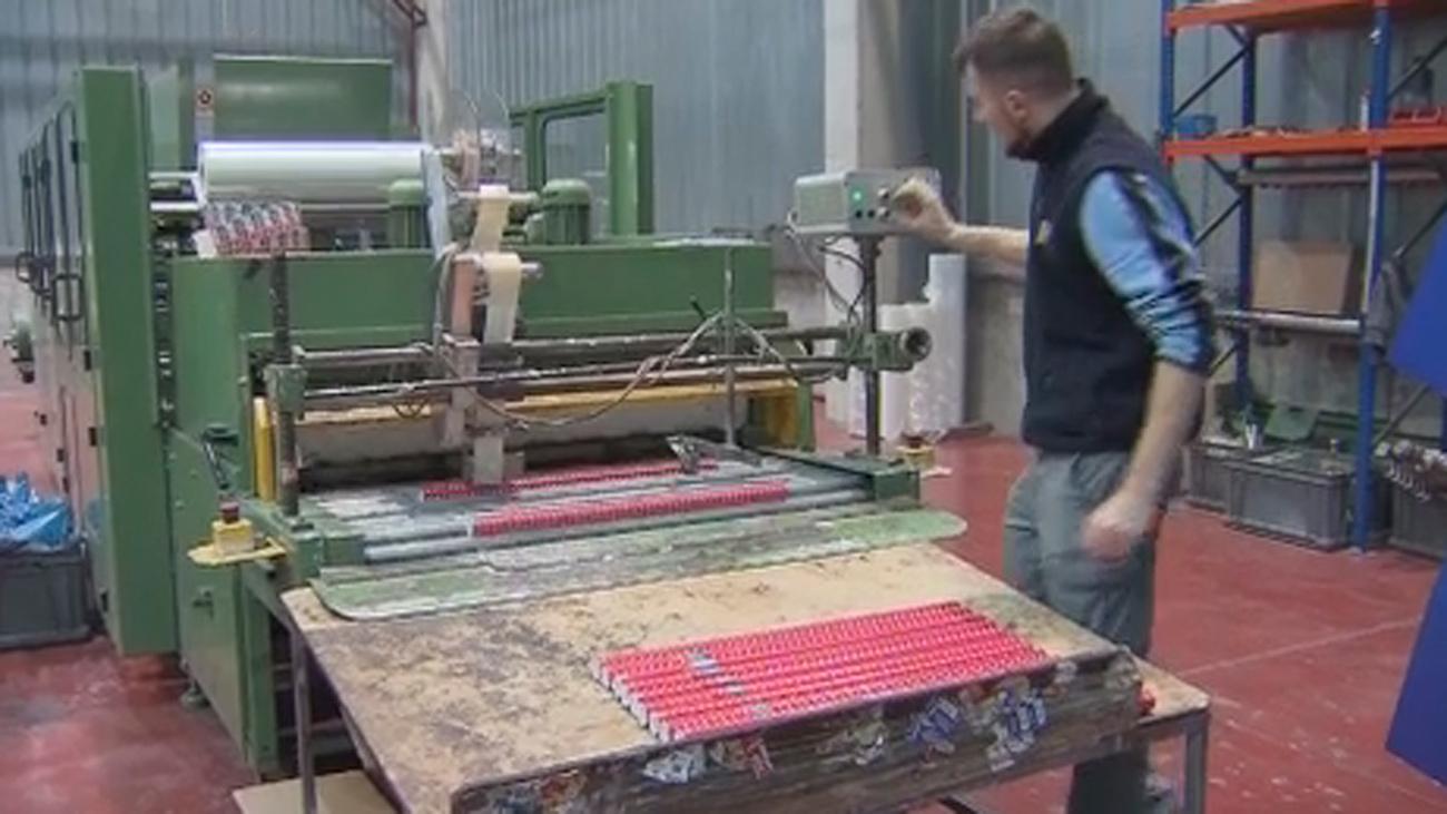 Una empresa de San Agustín de Guadalix es líder en la fabricación de papel de regalo