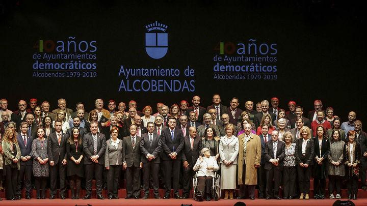 Alcobendas homenajea a los alcaldes y concejales de sus corporaciones democráticas