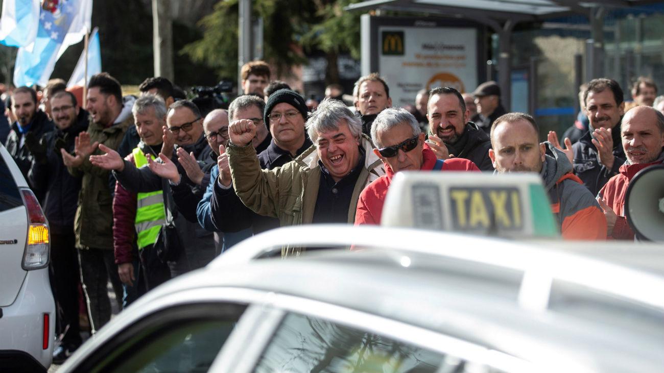 Los taxistas de Madrid vuelven a protestar en la calle contra los VTC