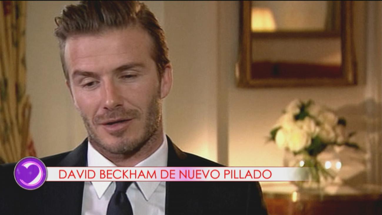David Beckham, pillado con el móvil mientras conducía