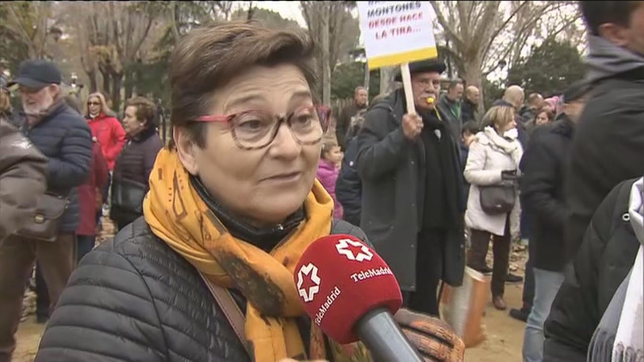 Vecinos vuelven a marchar por el cierre del vertedero de Alcalá de Henares