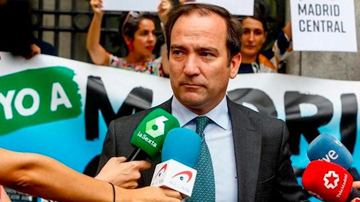 """Carabante niega las acusaciones del 1% y dice que """"quieren tapar las  vergüenzas de la oposición"""""""