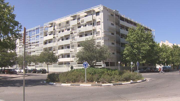 Confirman el procesamiento de los responsables de la venta de viviendas públicas en Madrid