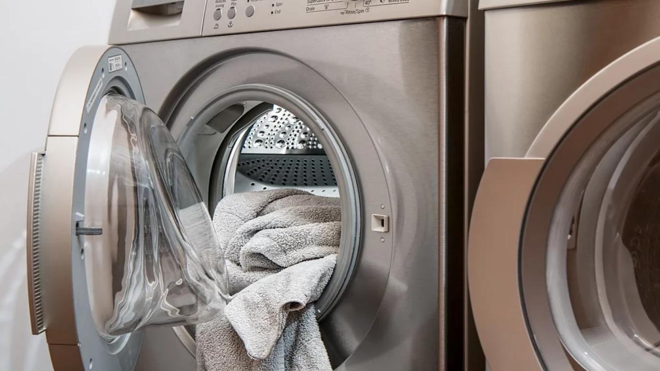 Poner la lavadora estos días de la semana nos saldrá más barato