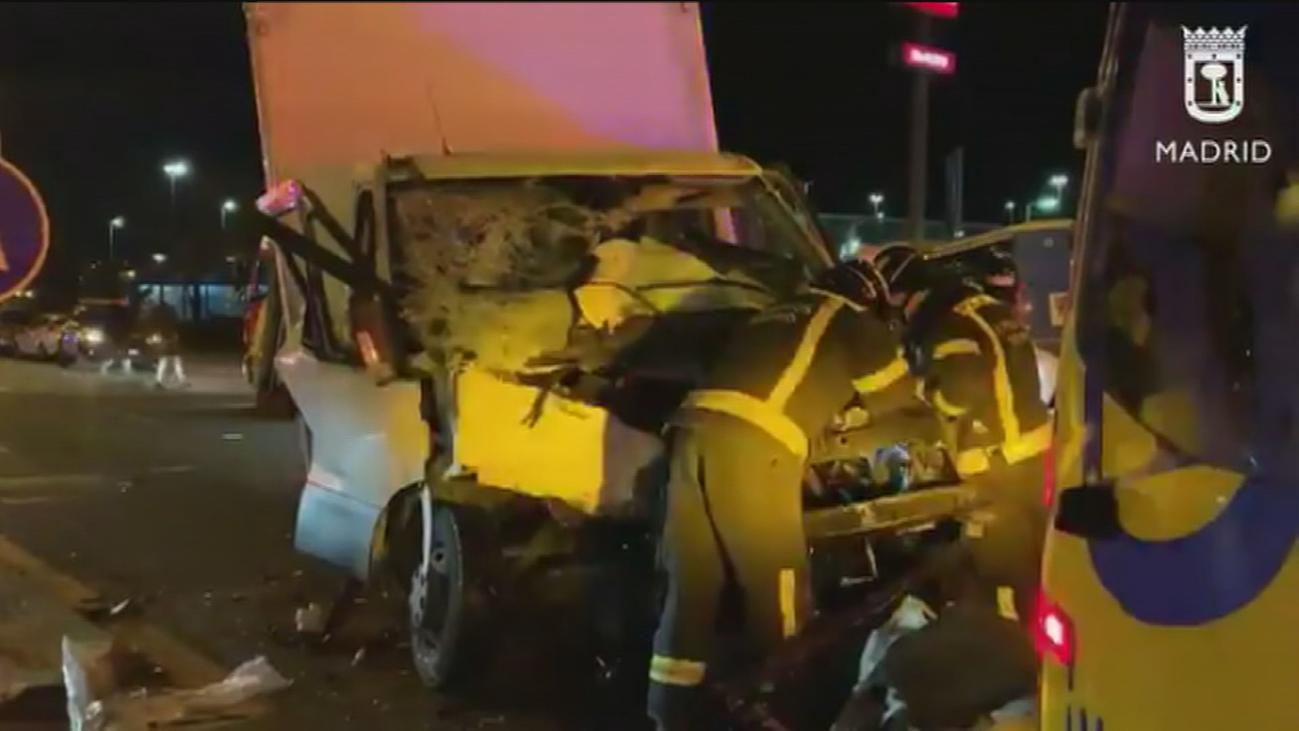 El conductor que provocó el accidente de la avenida de los Poblados no tenía carné e iba drogado