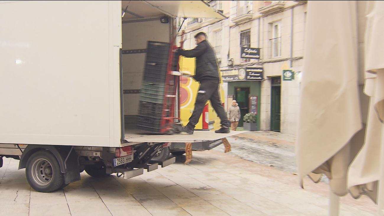 Madrid decide la próxima semana si furgonetas sin pegatina acceden al centro