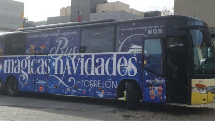 El bus de las 'Mágicas Navidades' lleva a sus pasajeros de Avenida de América a Torrejón