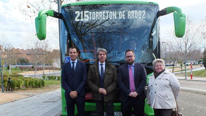 Una nueva línea de autobús une Torrejón, Paracuellos y Ajalvir