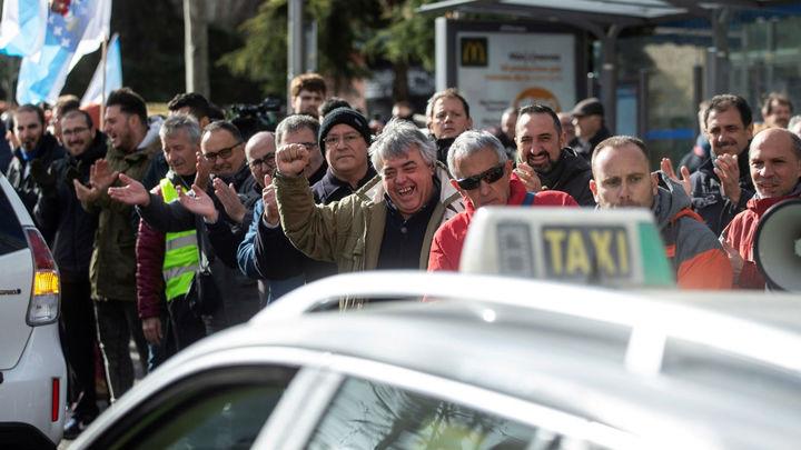 Un enero marcado por el conflicto entre los taxis y los VTC