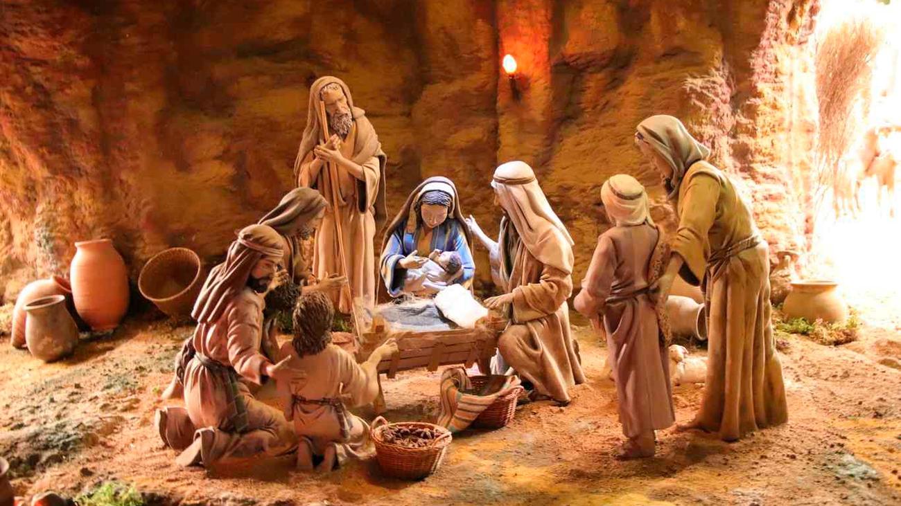 Visitar el monumental belén de Alcalá de Henares, el plan navideño perfecto