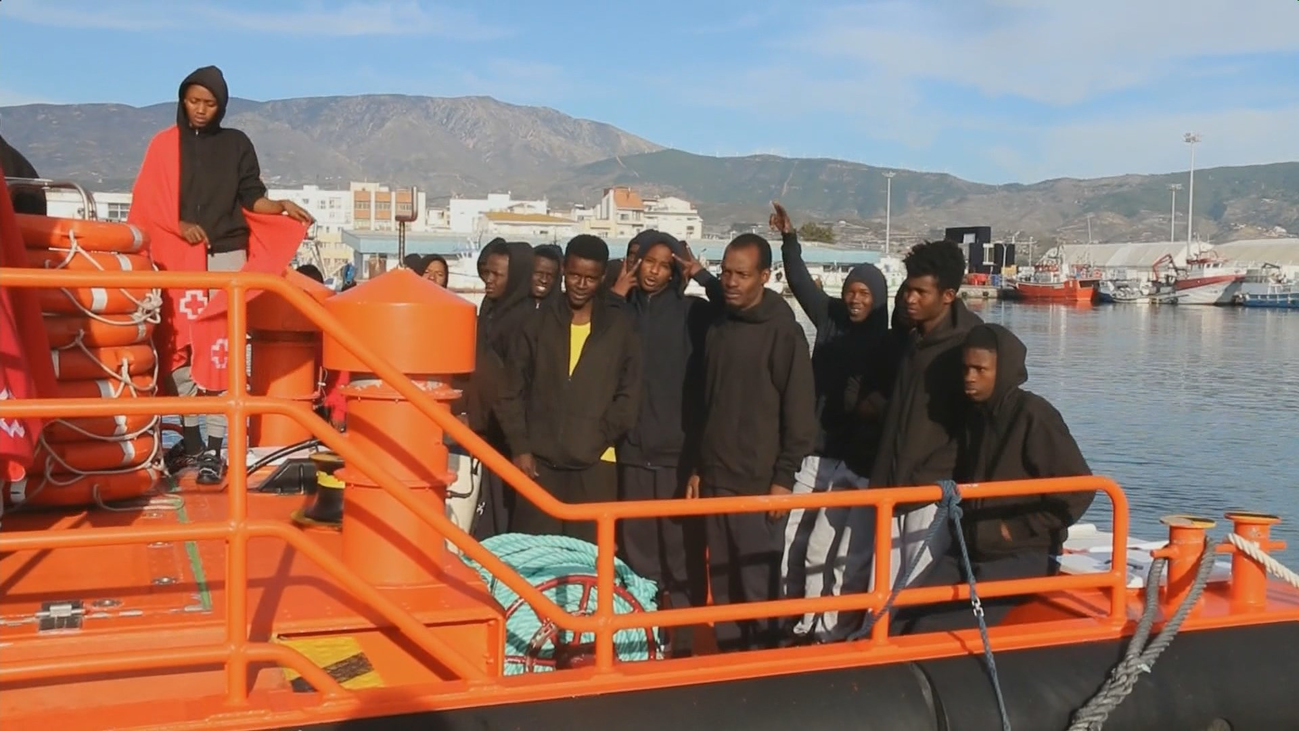 Más de 180 inmigrantes rescatados en las últimas horas