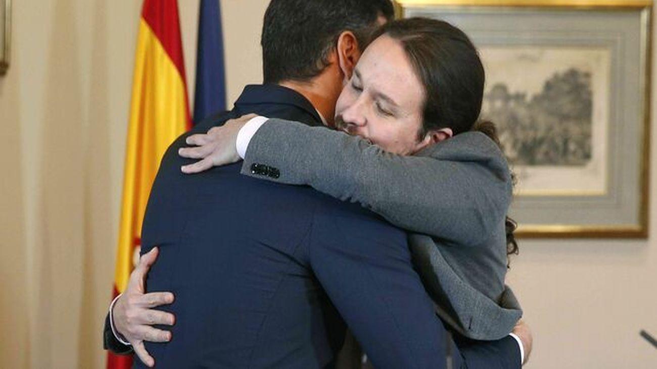 Sánchez e Iglesias llegan a un preacuerdo de gobierno de coalición en noviembre