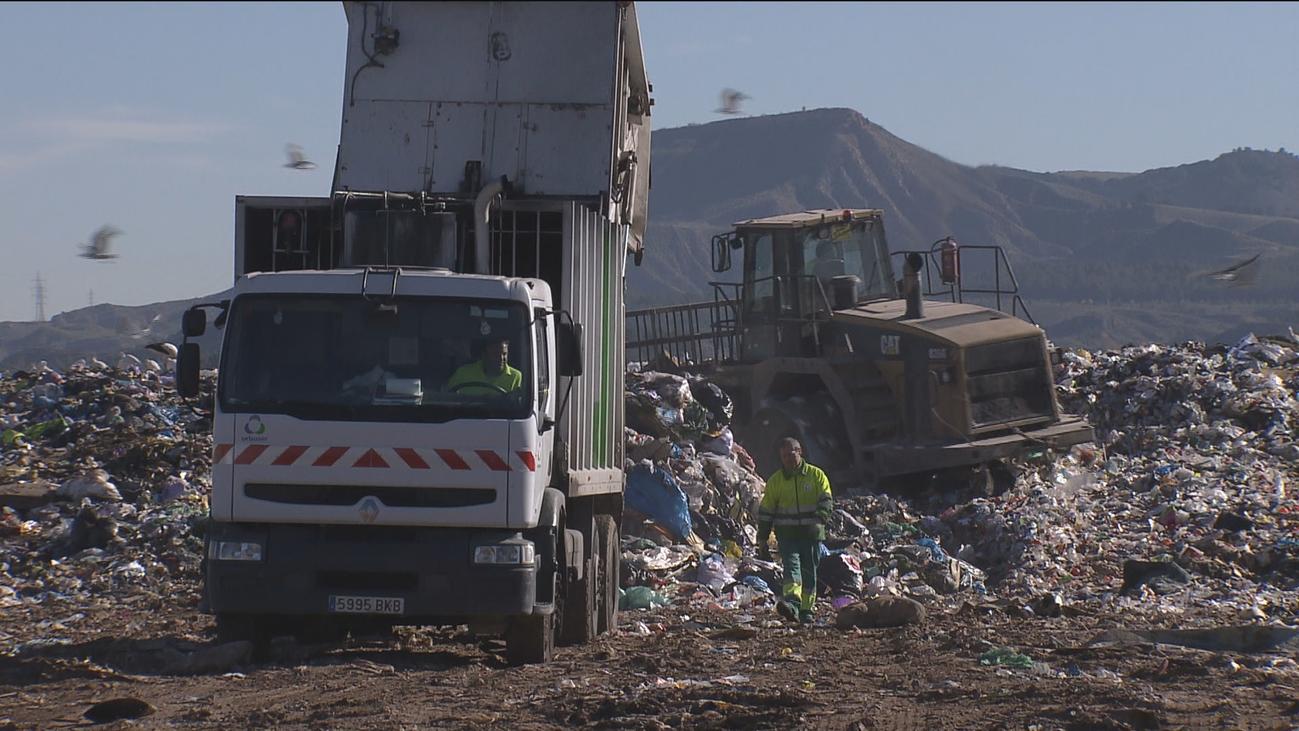 """Madrid asume de manera """"transitoria y excepcional"""" los residuos de la Mancomunidad del Este"""