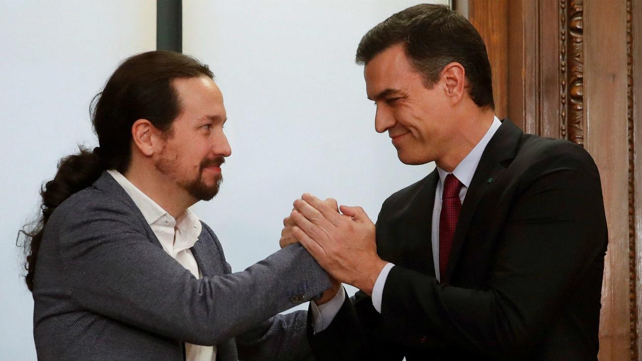 """Sánchez e Iglesias reivindican con su acuerdo de coalición la """"política útil"""""""