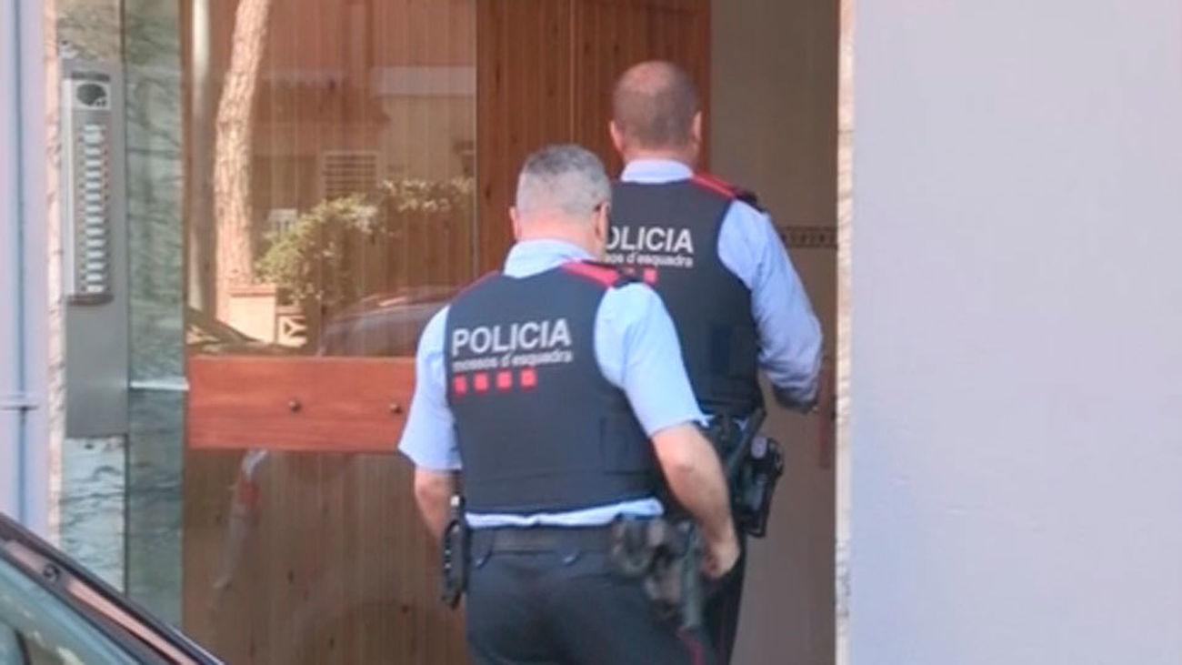 Detenido un hombre por matar a su mujer y su hija en Esplugues de Llobregat (Barcelona)