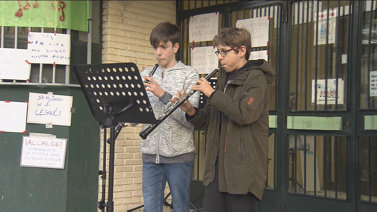 Concierto reivindicativo de los alumnos de escuela municipal de música de Leganés