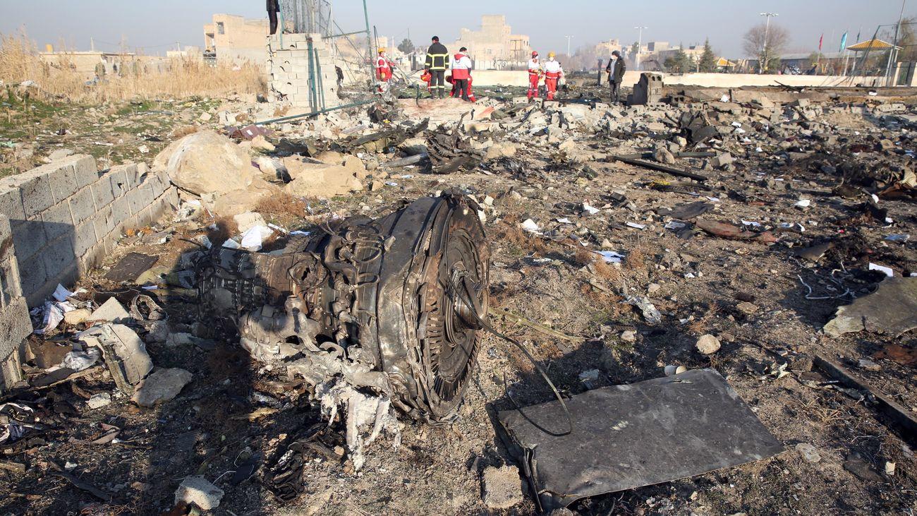 """Restos del avión ucraniano derribado por un misil iraní por """"error"""", según Canadá"""
