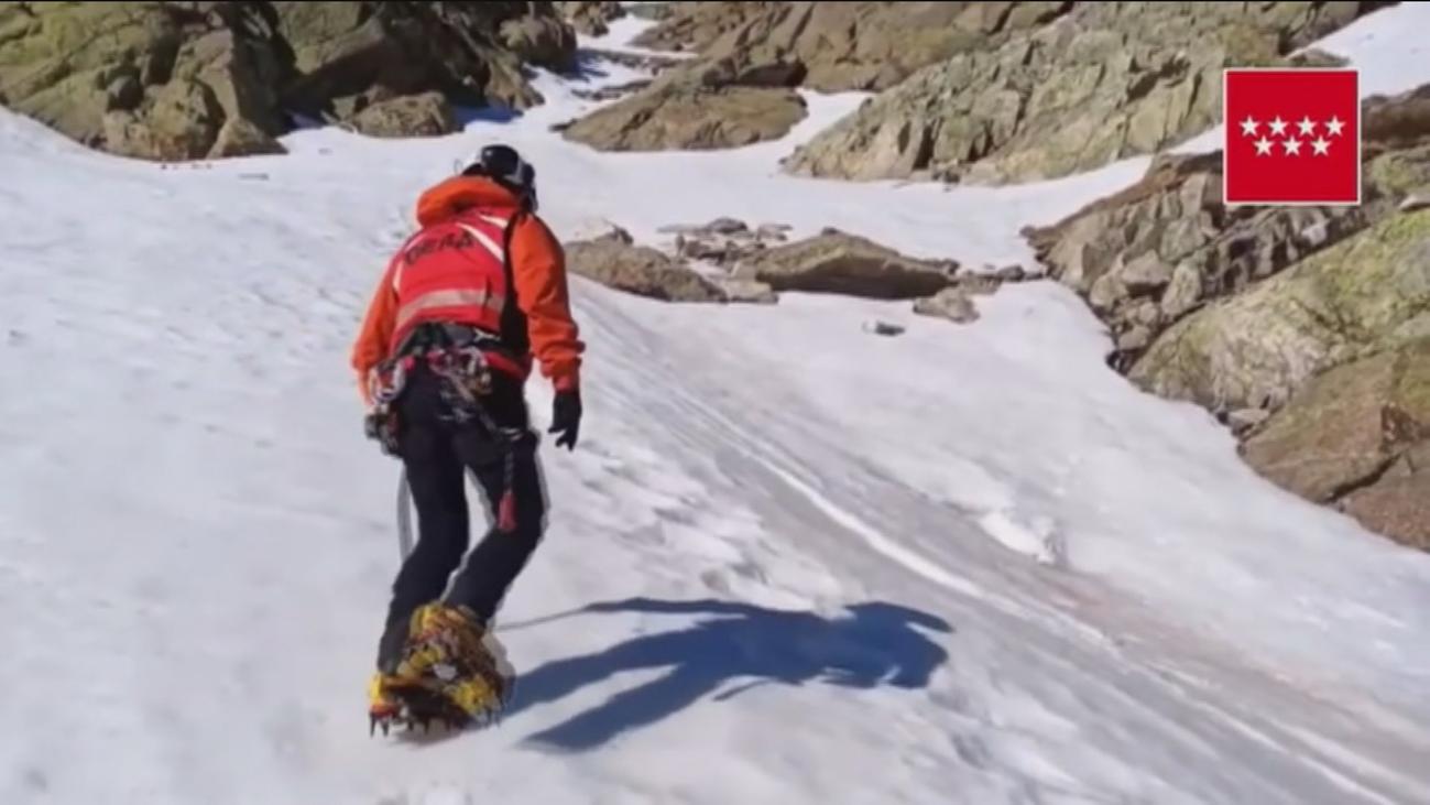 Fallece un montañero al caerse en el risco de Los Claveles de Peñalara