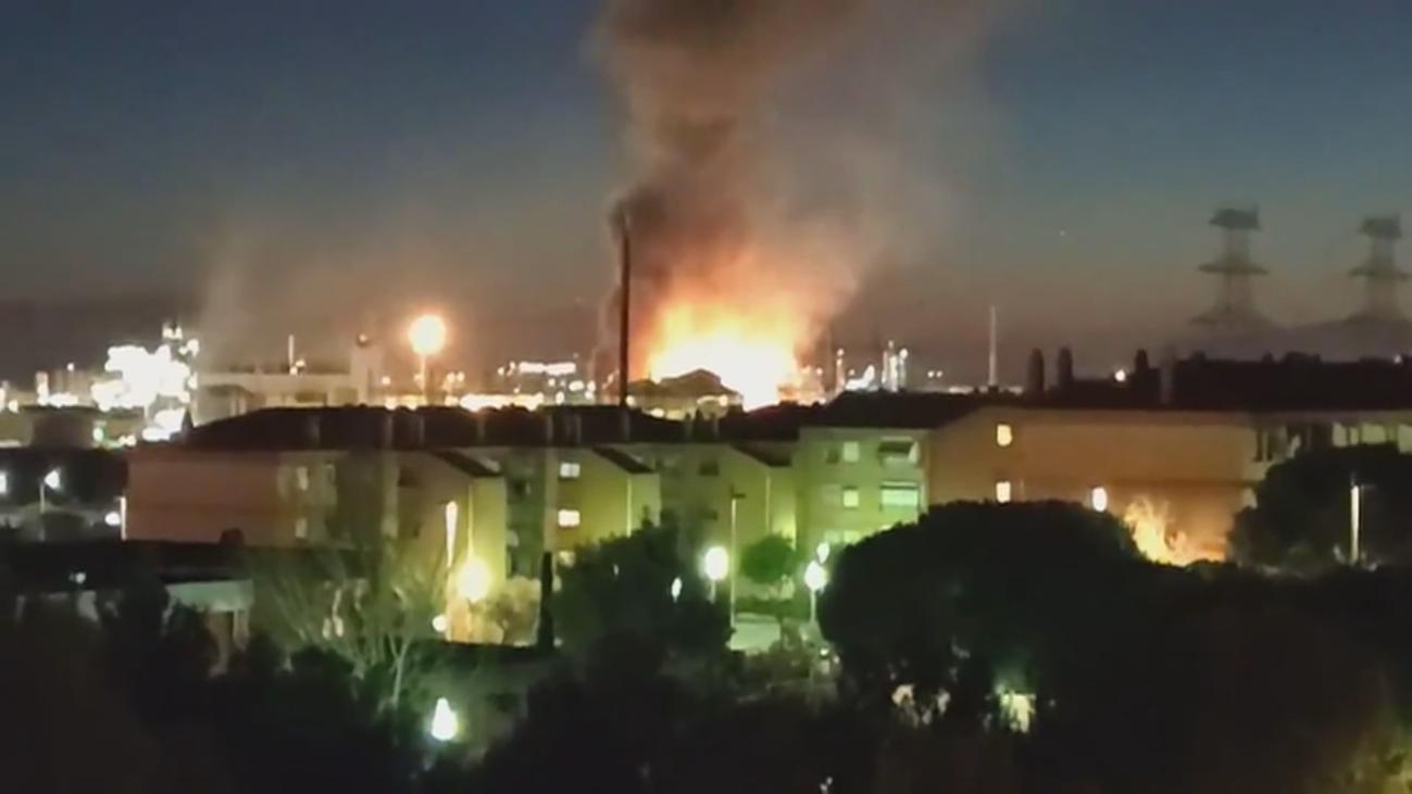 Al menos un muerto, seis heridos y un desaparecido por la explosión en Tarragona