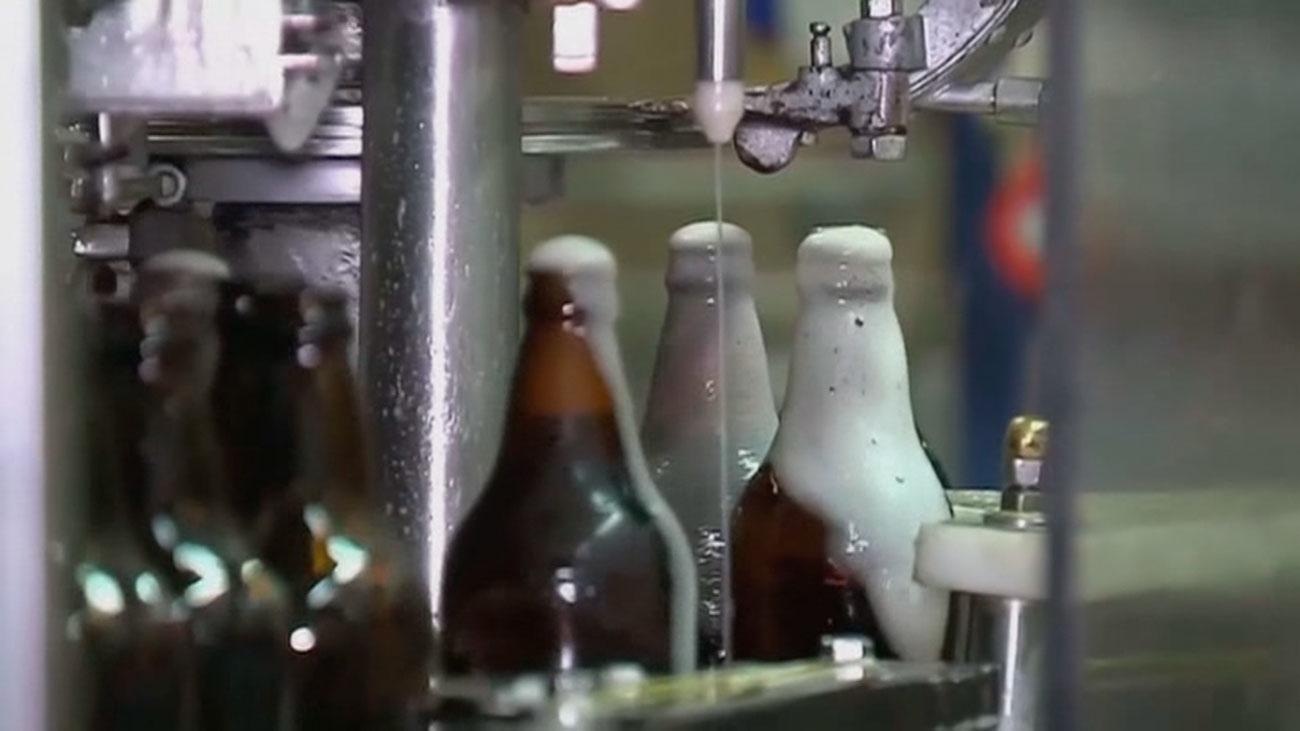 Brasil lanza una alerta sanitaria y retira del mercado ocho marcas de cerveza