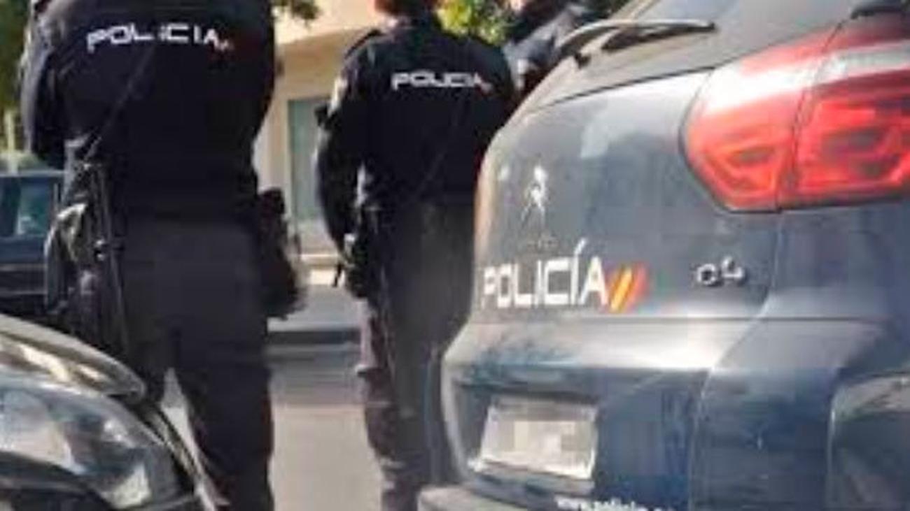Una mujer acuchillada por su marido  en una calle de Latina