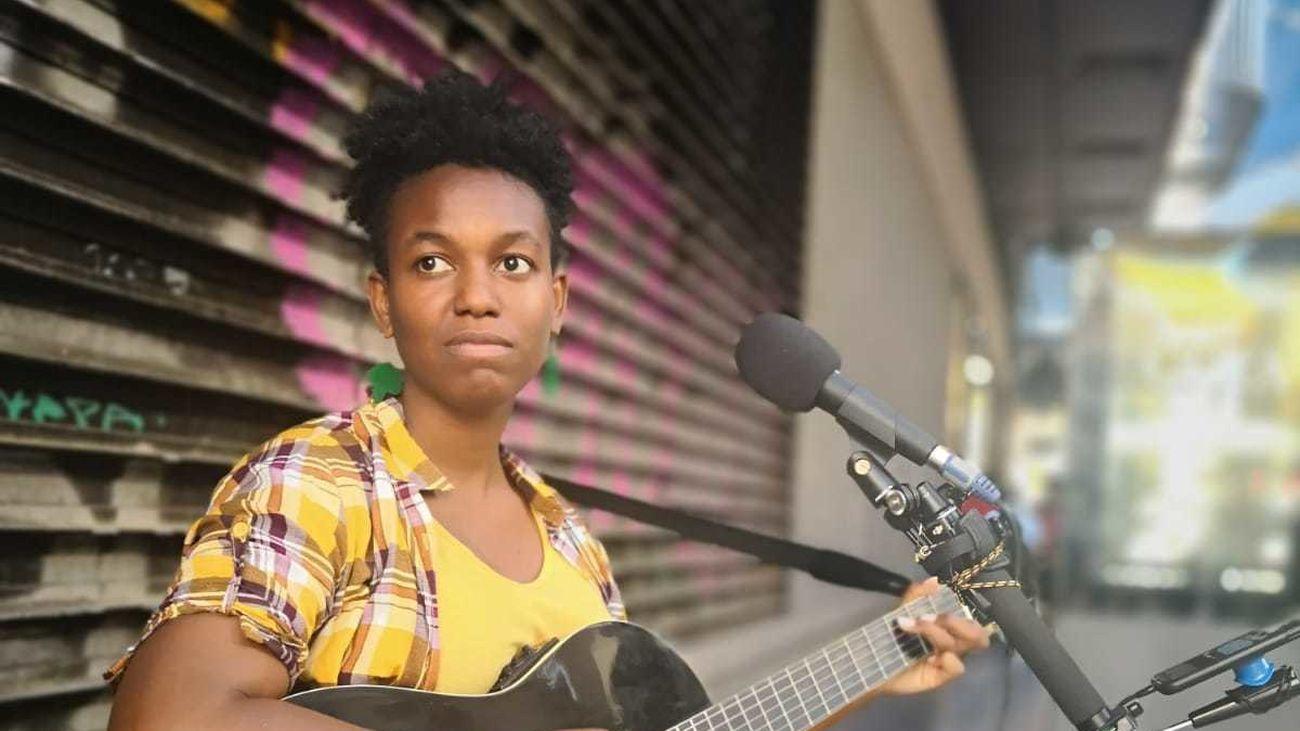 La Junta Municipal de Centro paraliza las autorizaciones a músicos callejeros