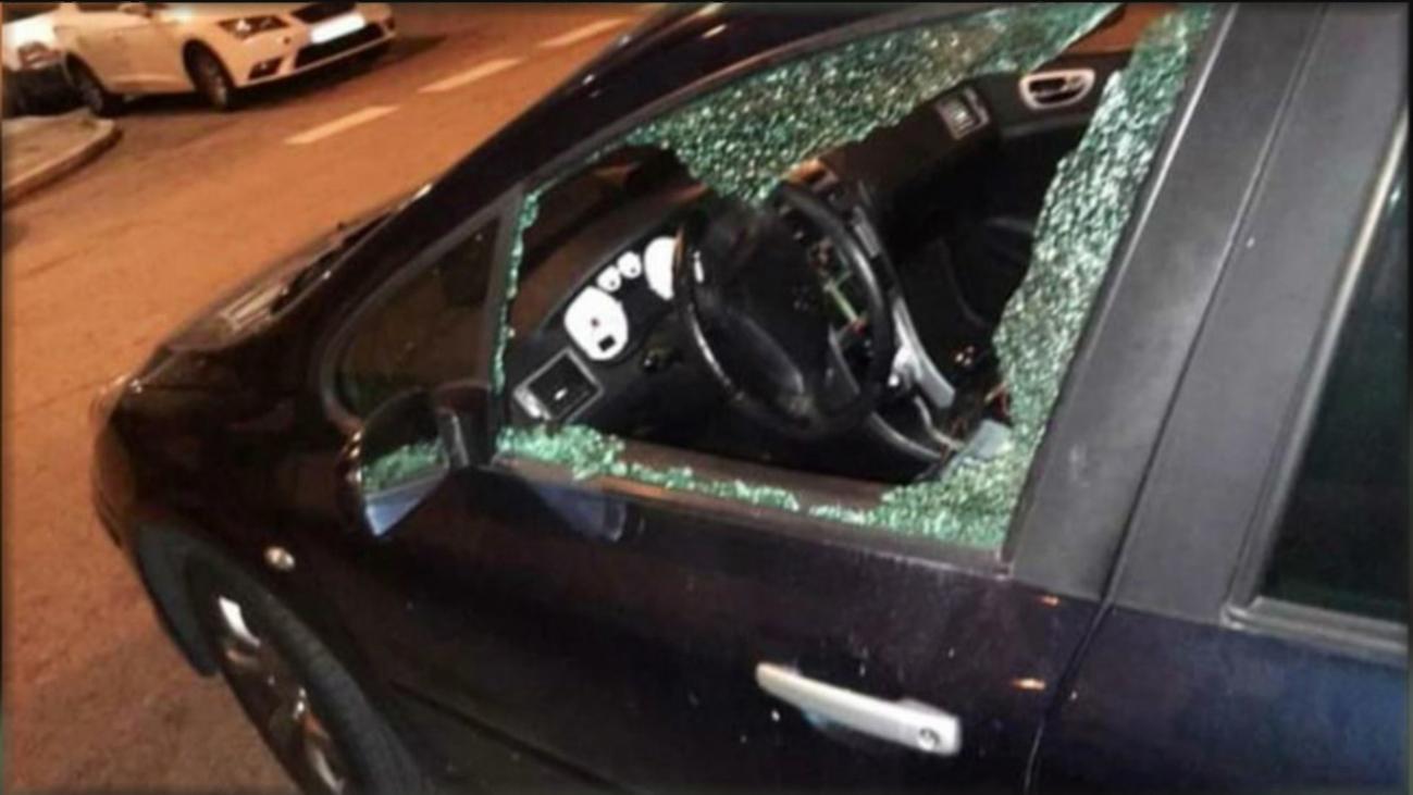 Denuncian robos en coches aparcados en el barrio de Moscardó