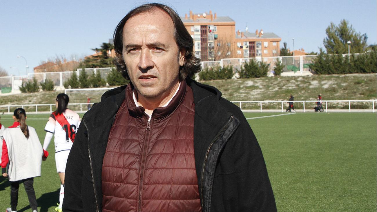 Pablo López, cesado como entrenador del Atlético Femenino