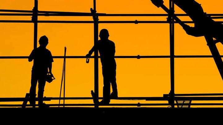 ¿Qué perfiles ofrecen más trabajo en el sector de la construcción?