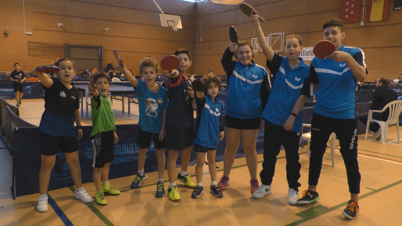Villalbilla promociona el tenis de mesa entre los más pequeños