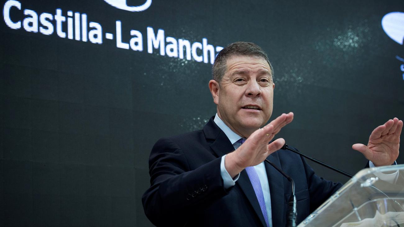 Rebelión contra Pedro Sánchez por la devolución del IVA