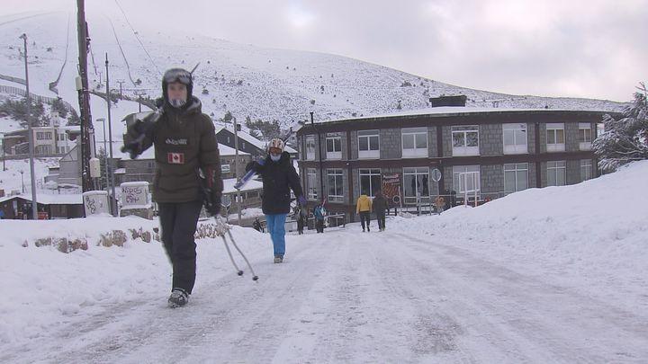 Valdesquí y Navacerrada tienen ya 15 kilómetros esquiables