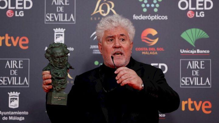 'Dolor y gloria' de Almodóvar se impone en los Goya con siete estatuillas