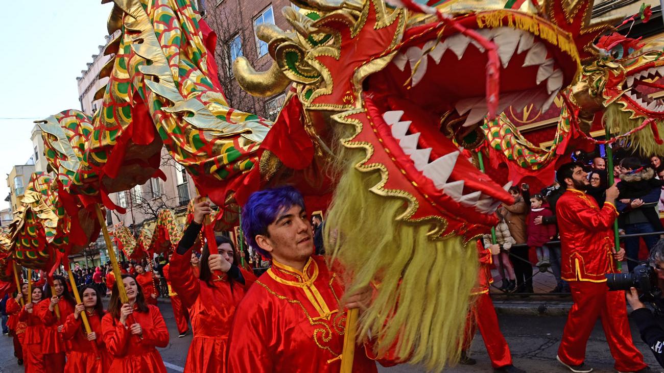 Usera recibe el Año Nuevo chino de la rata y de la suerte en Madrid