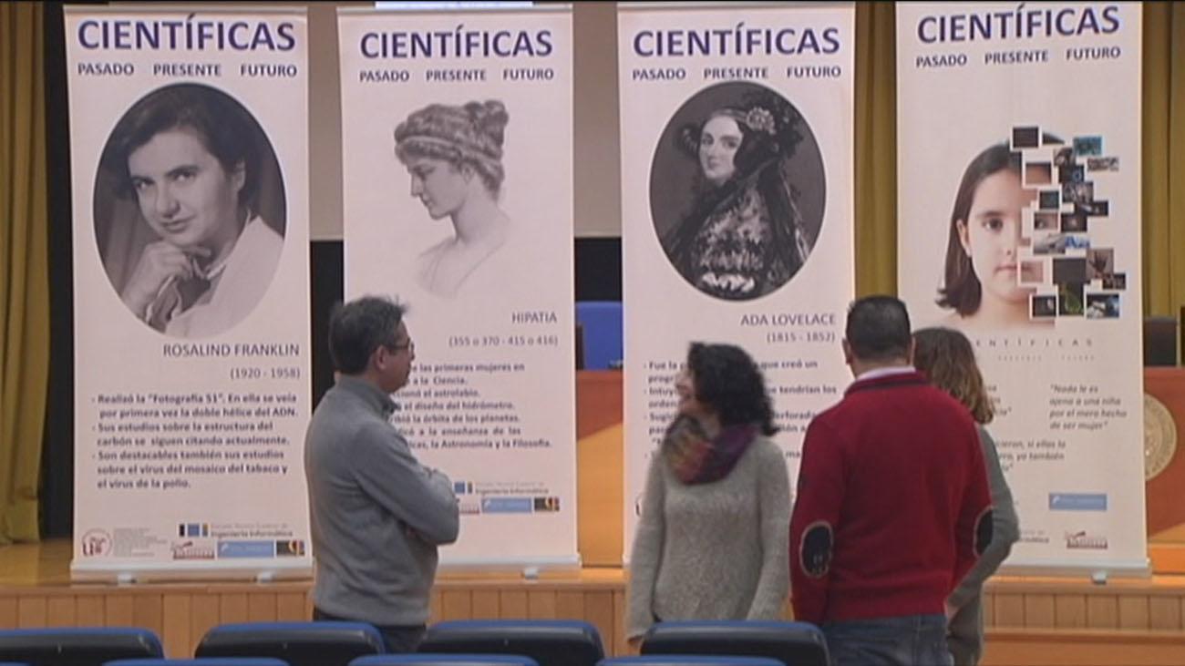Cinco investigadoras españolas a escena