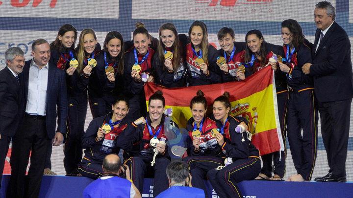 13-12. La selección española femenina de waterpolo, campeona de Europa