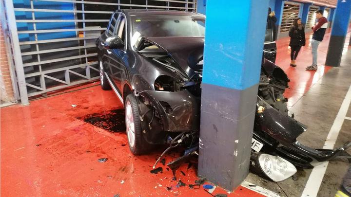 El insólito accidente en el parking del centro comercial Plaza Loranca de Fuenlabrada