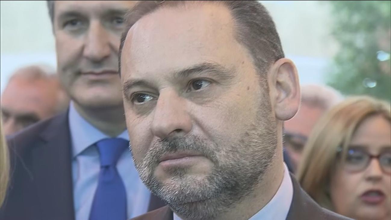 """El Gobierno sostiene que  """"Ábalos evitó una crisis diplomática"""""""