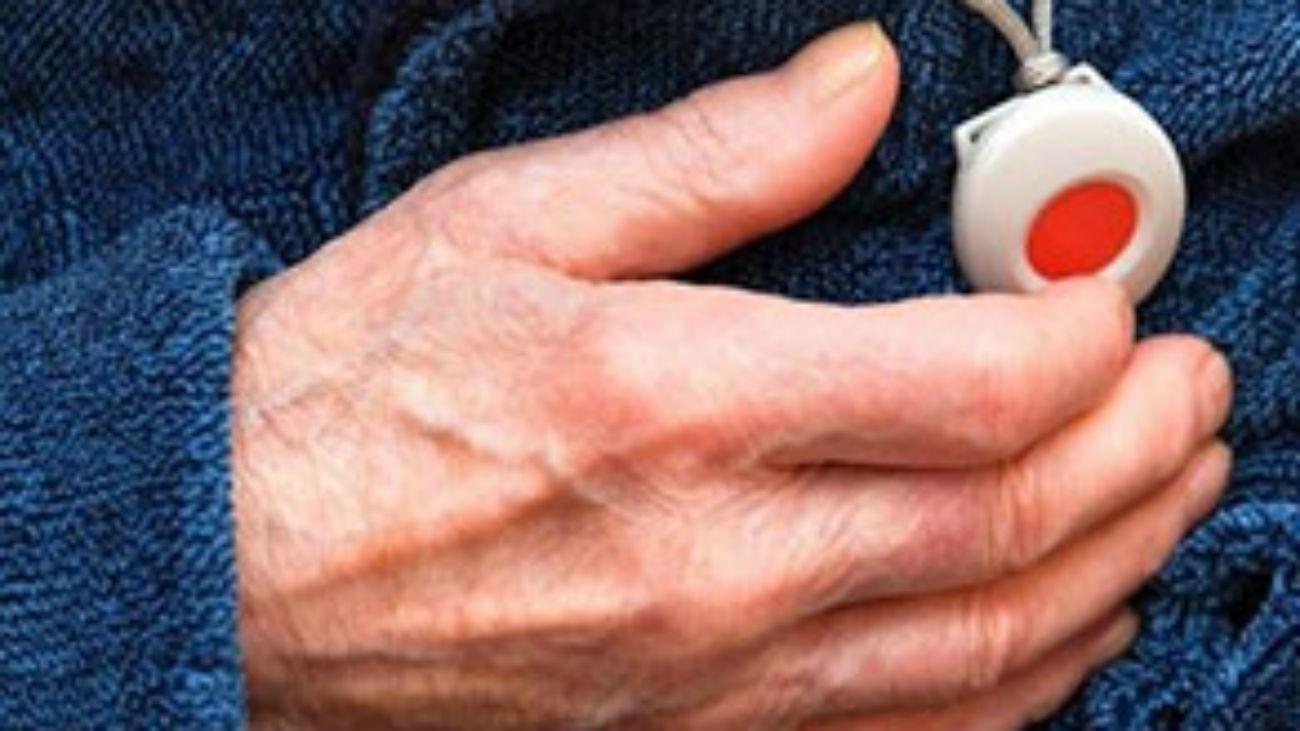 Torrejón de Ardóz pone en alerta a sus ancianos tras detectar estafas relacionadas con el servicio de Teleasistencia