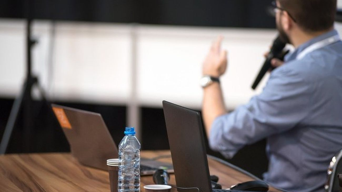 ¿Cómo puedes trabajar como monitor en la Agencia para el Empleo de Madrid?