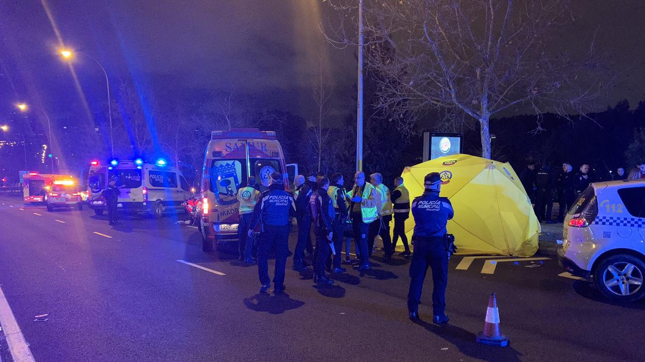 Muere una niña de 3 años atropellada por una motocicleta en la avenida de Asturias