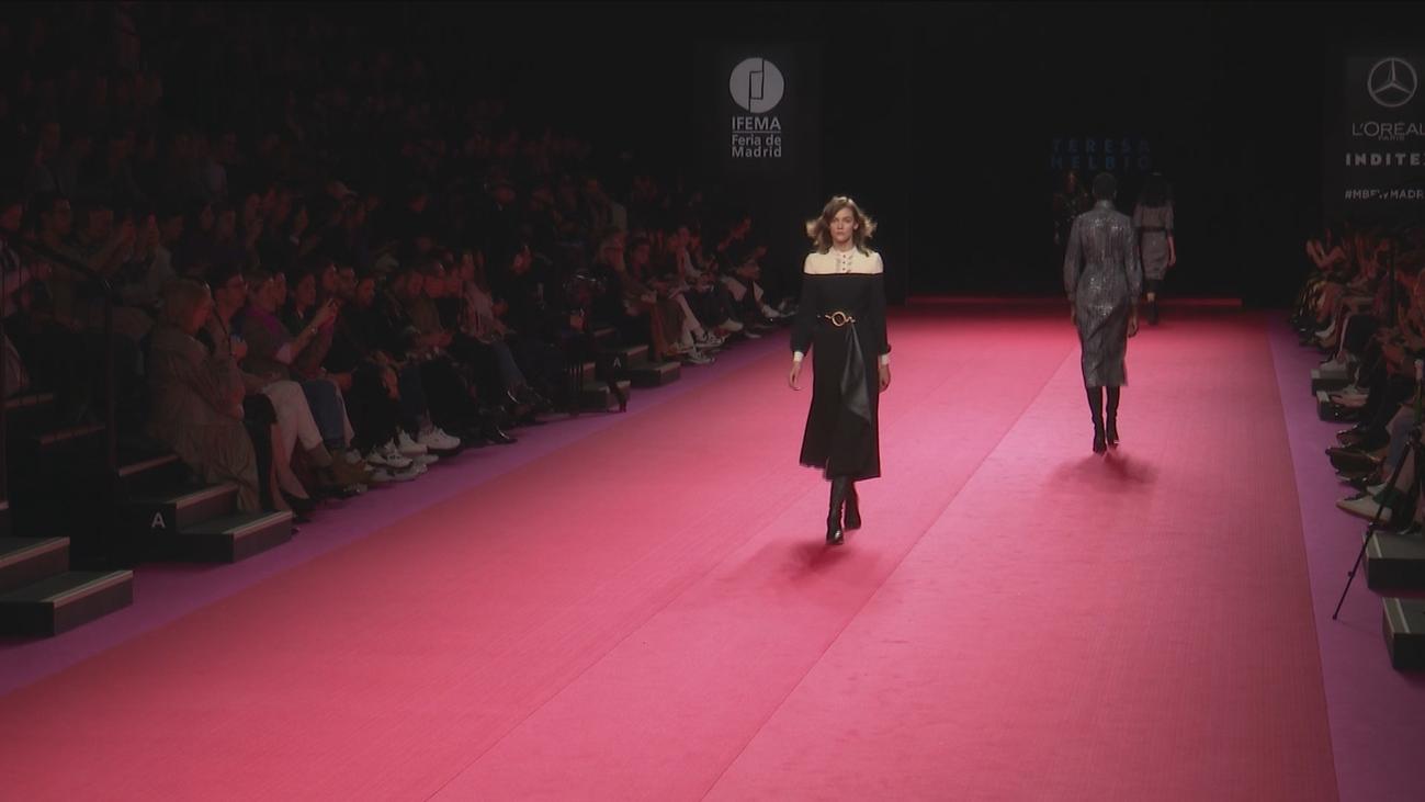 Los nuevos uniformes de Iberia en la Madrid Fashion Week