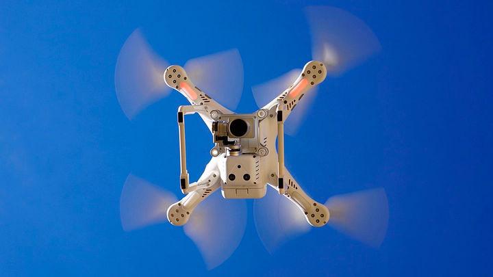 ¿Debe endurecerse la ley para impedir que los drones invadan espacios aéreos?