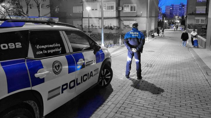 Hasta 63 denuncias en Alcorcón por no llevar mascarillas y 21 por hacer botellón en un fin de semana