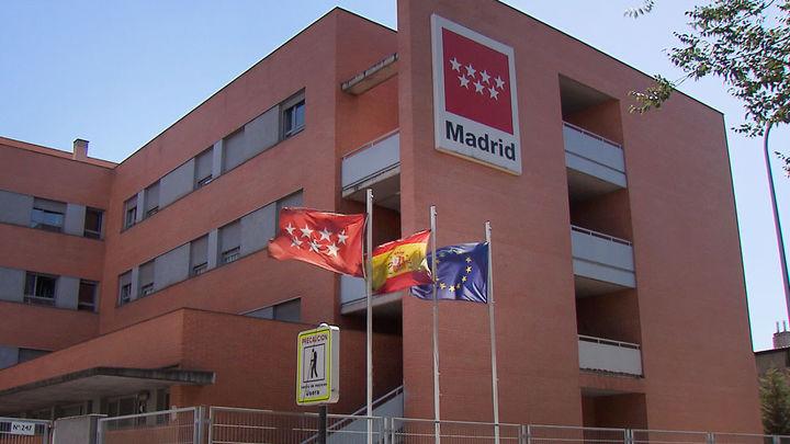 Madrid limita las visitas a todas las residencias de mayores por el Covid-19