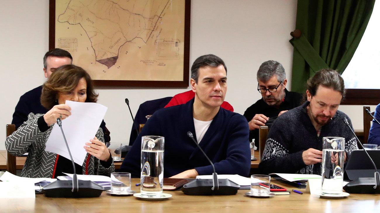 """Sánchez insiste en la reunión con sus ministros que éste debe ser """"el Gobierno de los jóvenes"""""""